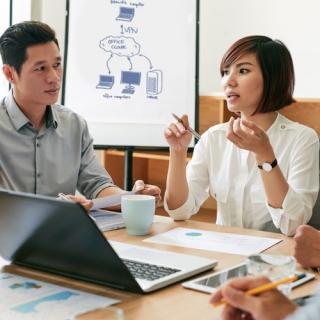 Tips Jadi Leader Favorit di Kantor